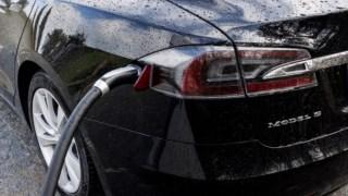 Número de carros eléctricos  está a aumentar