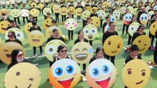 ,Dia Mundial Emoji
