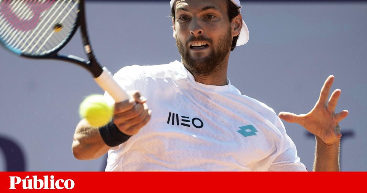 João Sousa na segunda ronda do torneio de Gstaad