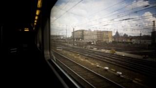 """Viagem de InterRail entre o Reino Unido e Bruxelasde Londres para Bruxelas -  viagem """" europa em 11 paragens """" de interrail  , a proposito das Eleicoes Europeias  -"""