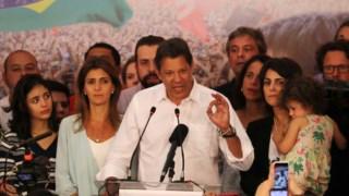 Haddad em conferência de imprensa realizada em Outubro de 2018