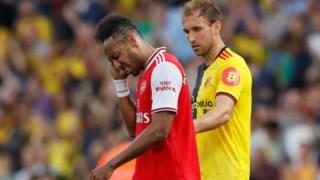 Aubameyang marcou dois, mas não chegou para o Arsenal vencer