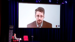 O antigo analista das secretas norte-americanas está exilado em Moscovo desde 2014