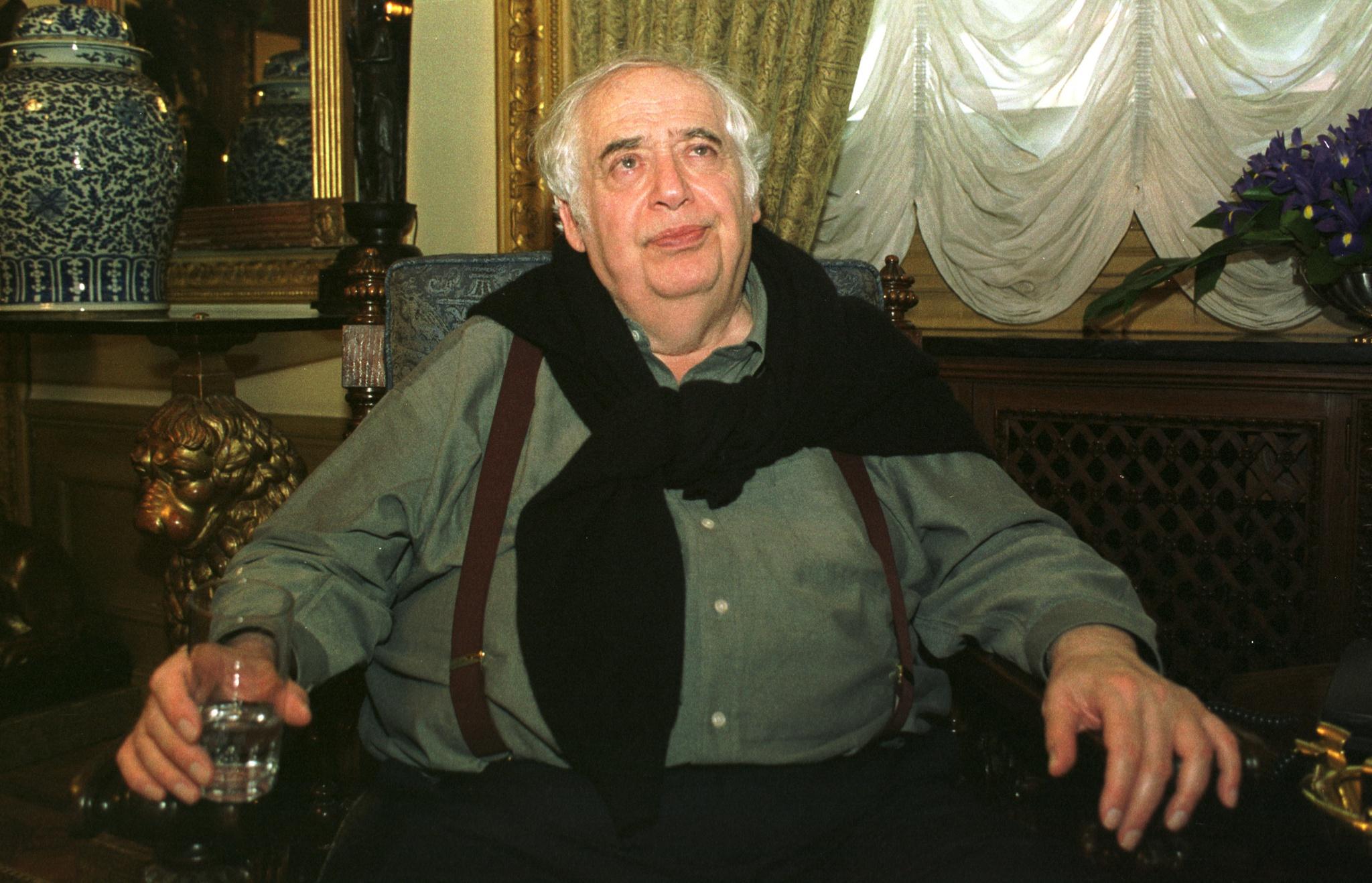 Resultado de imagem para Morreu Harold Bloom, o polémico guardião do cânone ocidental