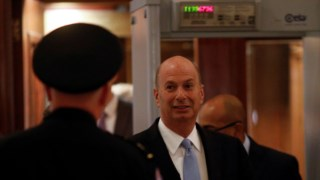Gordon Sondland à chegada ao Congresso, esta quinta-feira