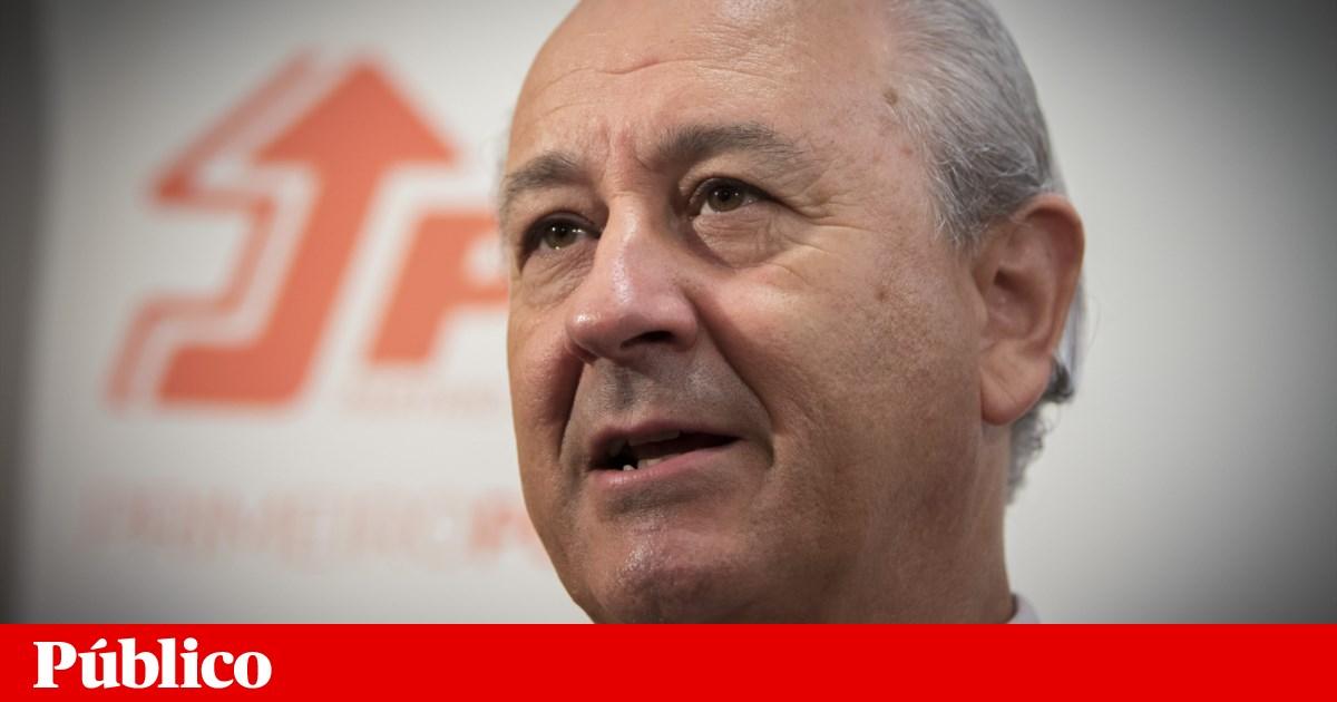 Rio pondera candidatura por temer pelo futuro do PSD