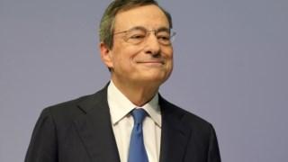 Mario Draghi, na sua última conferência de imprensa como presidente do BCE, em Frankfurt