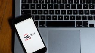 Aplicações bancárias para telemóveis não páram de crescer