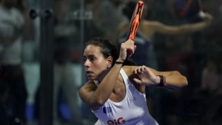 Sofia Araújo jogou ao lado de Ana Catarina Nogueira e venceu com facilidade