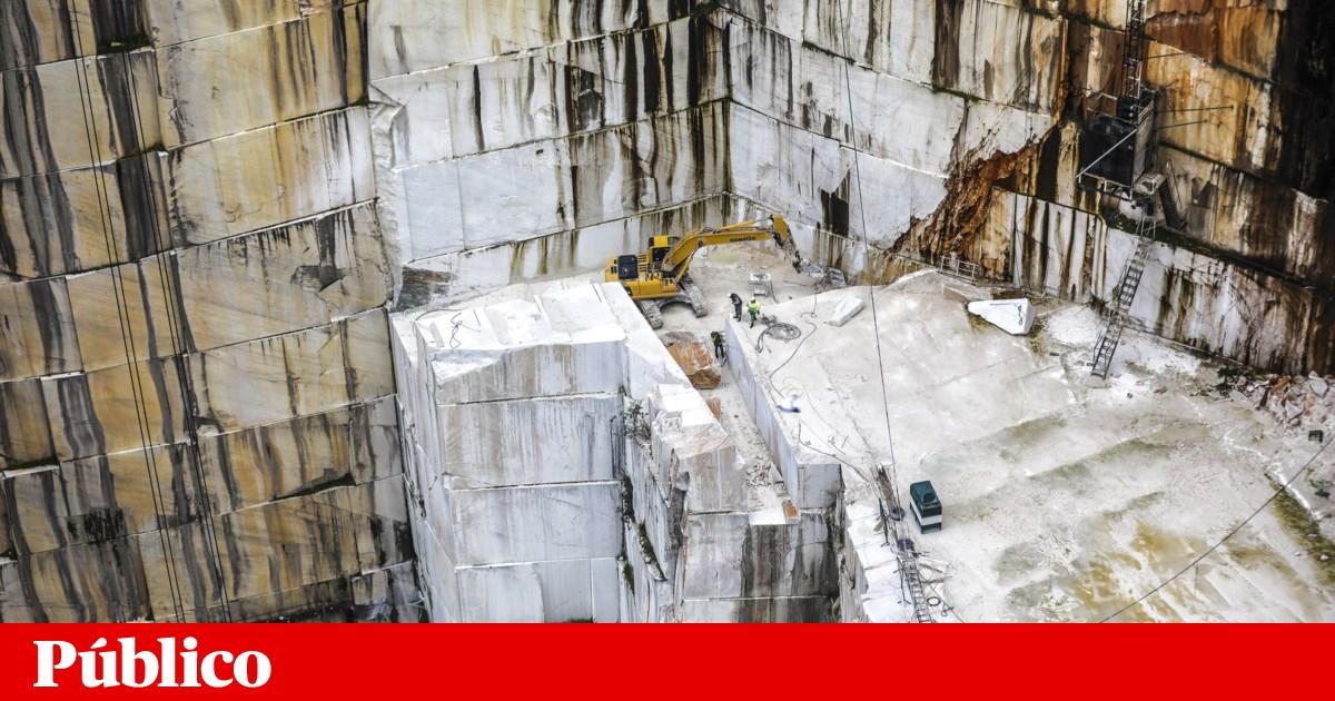 Acidentes. Camião cai em pedreira em Vila Viçosa e Protecção Civil suspeita de uma vítima - PÚBLICO