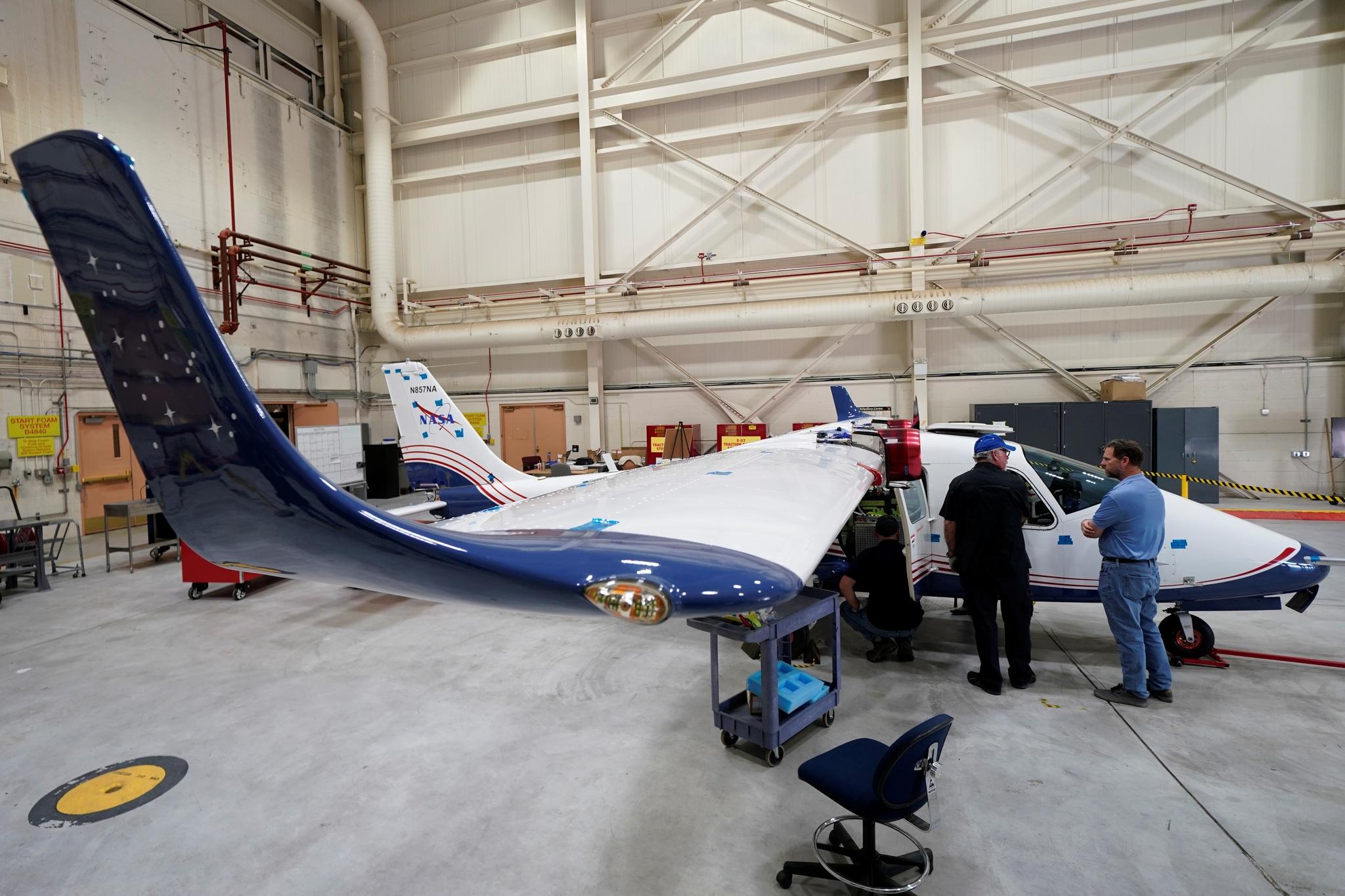 [TECNOLOGIA]   NASA desvenda o seu primeiro avião totalmente eléctrico