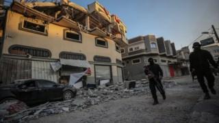 Baha Abu Al-Atta e a sua mulher foram mortos num ataque com um míssil