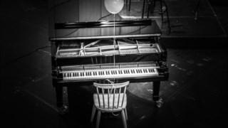 ,Piano jogador