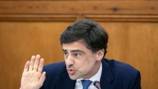 O secretário de Estado adjunto do primeiro-ministro, Tiago Antunes, explicou a nova Lei Orgância do Governo ao PÚBLICO
