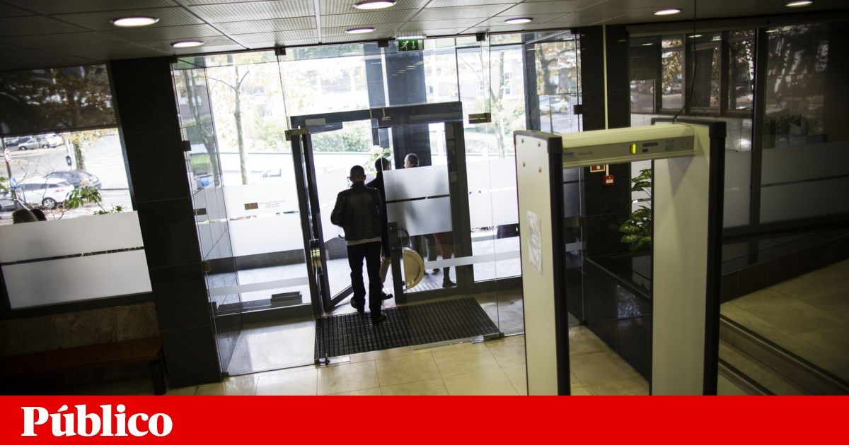 Foragido do TIC/Porto detido por motorista da Uber que tentou assaltar