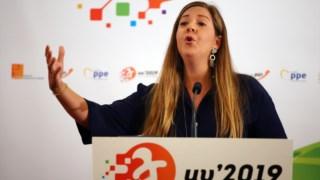 A líder da JSD propos o referendo em Fevereiro