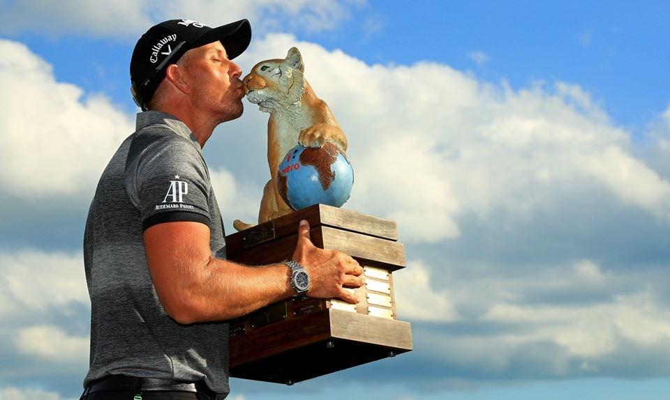 Henrik Stenson regressa às vitórias nas Bahamas