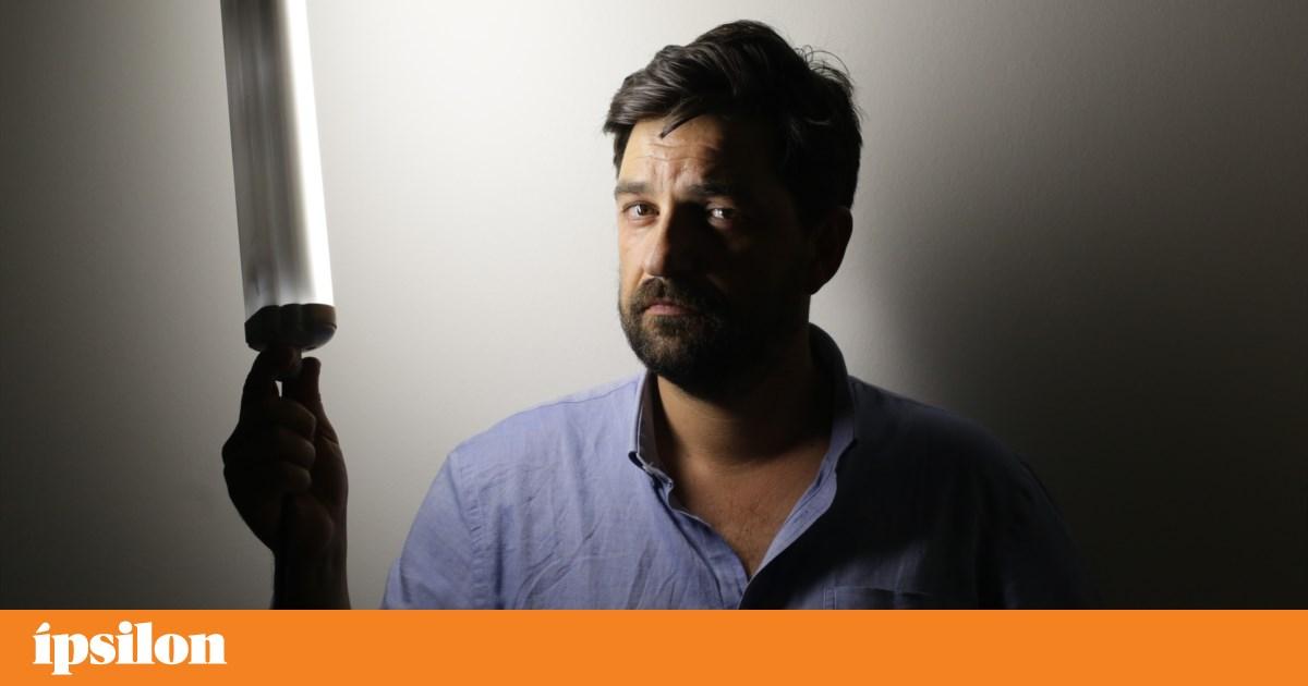 """Tiago Rodrigues: """"Gostaria que o teatro português visse este prémio como seu"""""""
