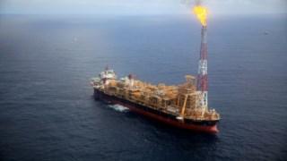 Plataforma flutuante do Kaombo Norte: o futuro de Angola está ligado à capacidade de diversificar a economia para lá do petróleo