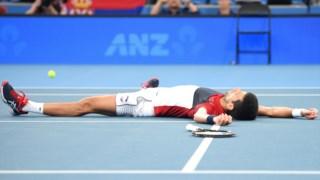 Djokovic ajudou a Sérvia a chegar à final da ATP Cup