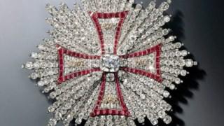 A estrela da Ordem da Águia Branca que foi roubada do museu alemão