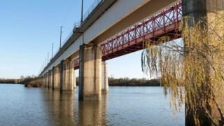 A ponte tinha sido encerrada a 20 de Dezembro, por precaução