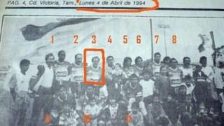 Um recorte de um jornal da época com a equipa do Correcaminos onde Filizola surge assinalado