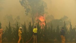 Em Nova Gales do Sul há ainda três fogos no nível de emergência