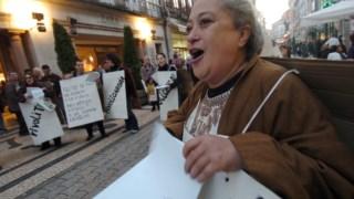 Regina Guimarães numa manifestação no Porto em 2007