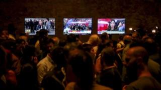 A televisão continua a ser o principal meio de consumo de informação política