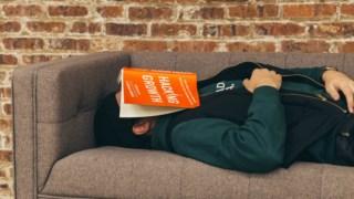 """As pessoas que dormem em média seis horas ou menos tendem a fazer """"sestas habituais"""""""