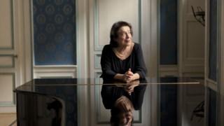 A pianista georgiana Elisabeth Leonskaja reside em Viena