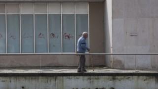 A Santa Casa pede voluntários para ajudar a cuidar dos idosos de Resende