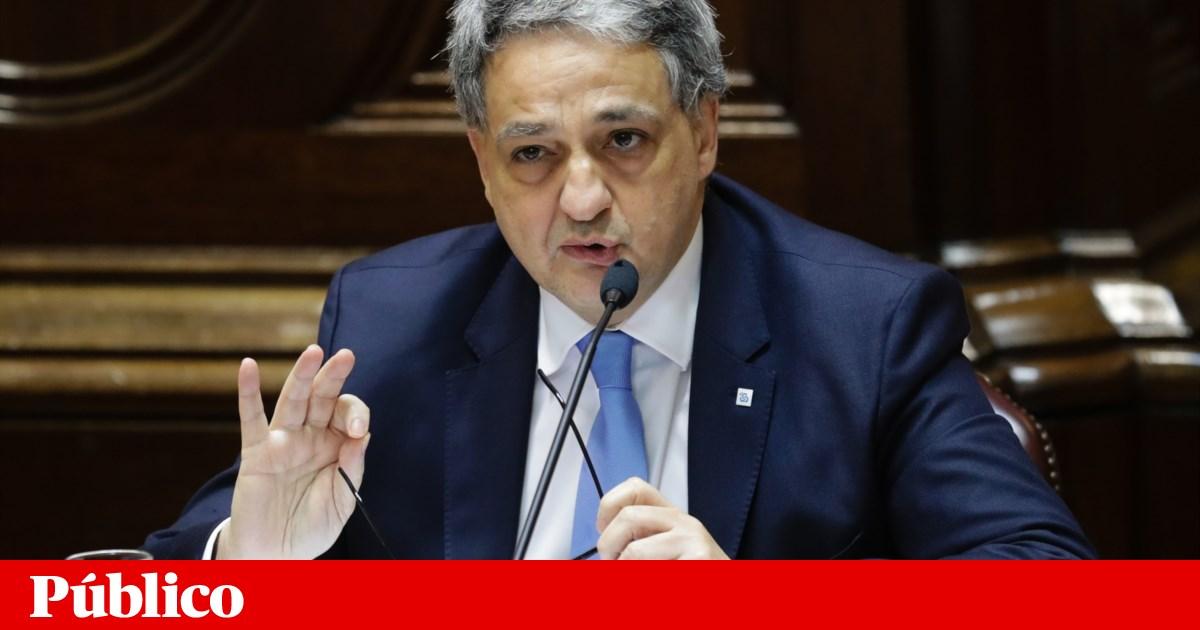 Photo of Caixa recebeu 30 mil pedidos de moratórias do Estado | PÚBLICO