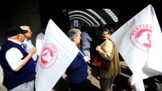 Vereadores de câmaras socialistas renunciam aos mandatos
