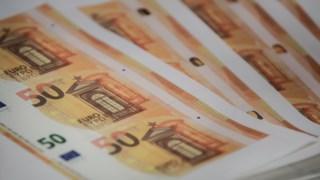 Há mais portugueses a considerar que a corrupção está disseminada no país