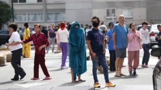 Milhares de pessoas no México saíram para as ruas mal começaram a sentir o abalo