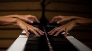 nova-iorque,piano,internet,culturaipsilon,musica,porto,