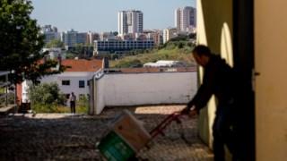 Primeiro concelho do país a erradicar as barracas, Oeiras tem 1793 pessoas e agregados com carências habitacionais graves