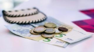 Bancos cobram comissões num grande número de situações