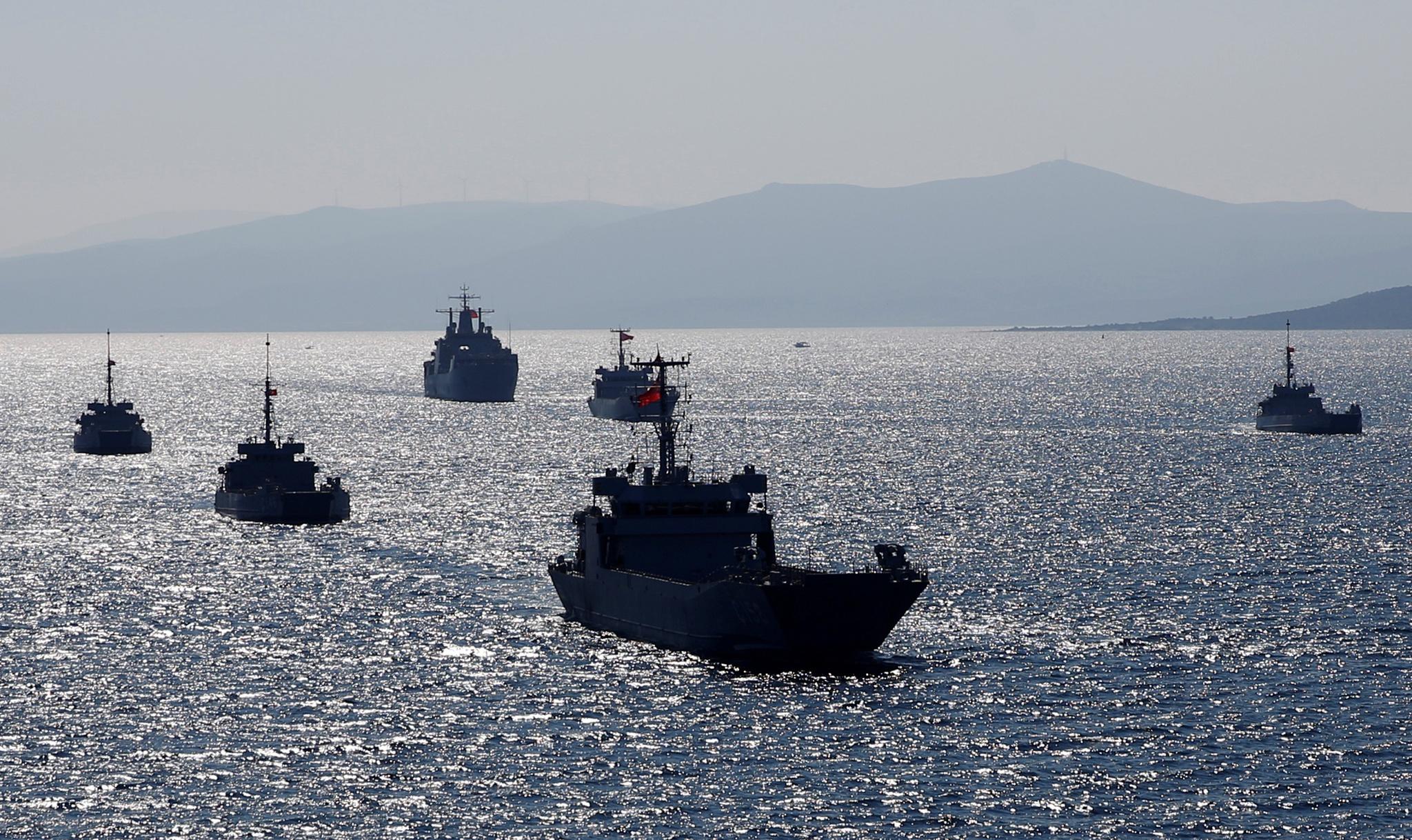 Turquia estende missão de navio em zona disputada com Grécia   Grécia    PÚBLICO