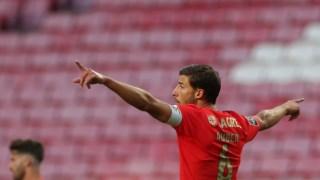 Rúben Dias foi o capitão e marcou na sua provável despedida da Luz