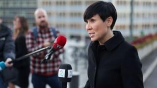 """""""Com base em informações na posse do Governo, estimamos que a Rússia está por trás dessa actividade"""", declarou a ministra dos Negócios Estrangeiros da Noruega"""