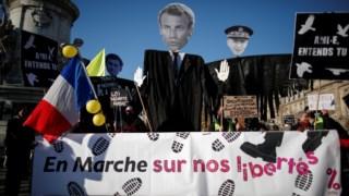 emmanuel-macron,racismo,protestos,mundo,franca,europa,