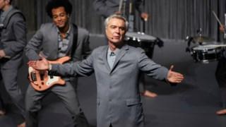 <i>American Utopia</i>, o espectáculo de David Byrne, é magnífico