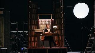 teatro-nacional-d-maria-ii,critica-teatro,redes-sociais,critica,teatro,culturaipsilon,