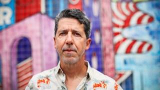 Paulo Moura, jornalista: é possível detectar, na sua escrita ágil, quase febril, a emoção da experiência directa