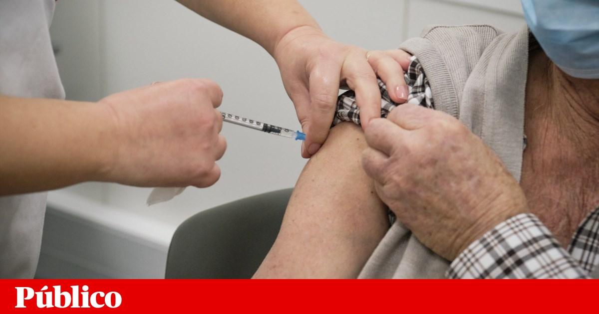 Passaporte De Vacinacao Europeu Vai Ser Gratuito Bilingue E Com Codigo De Barras Coronavirus Publico