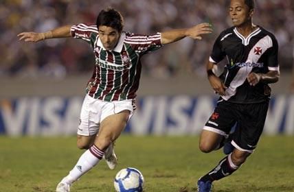 Corinthians estreia nova camisa diante do Fluminense