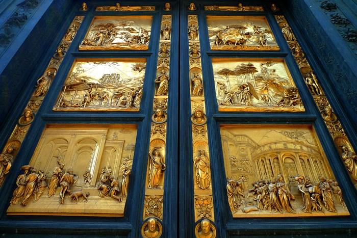 Resultado de imagem para - Batistério e seus portões do paraíso (Obra mais famosa)